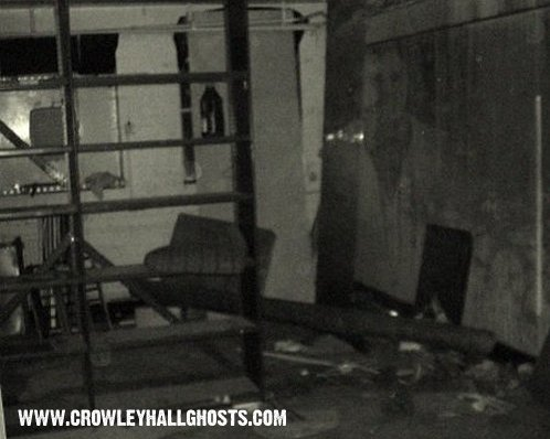 http://www.crowleyhallghosts.com/ghost-photos/ghost-pic.jpg